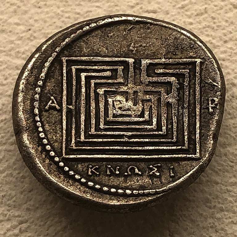 Knossos stater with labyrinth